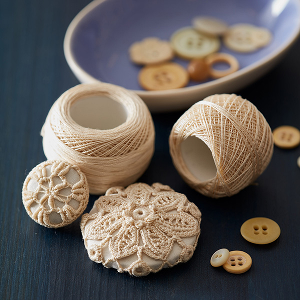 Irish crochet buttons