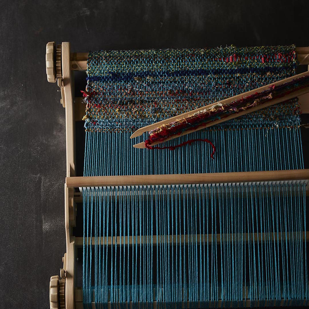 rigid-heddle loom