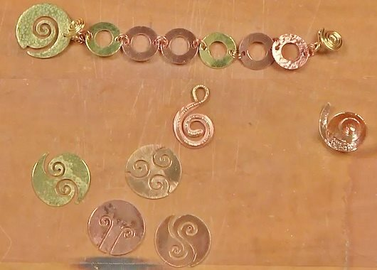 spiral shapes and clasps in jewelry