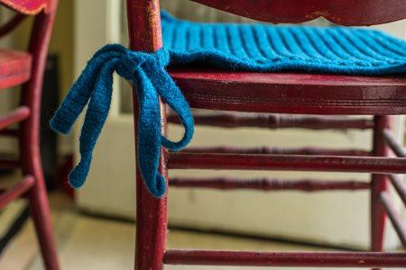 Chain Stitch Cushion Tie