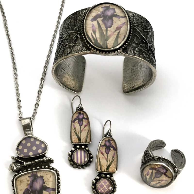 Top 5 Tips for Designing a Jewelry Line That Sells!