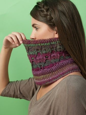 Swoopy Cowl Side