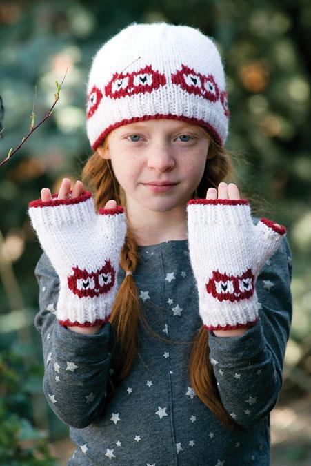 Hoot Sweet Hat &Mitts Knitting Pattern