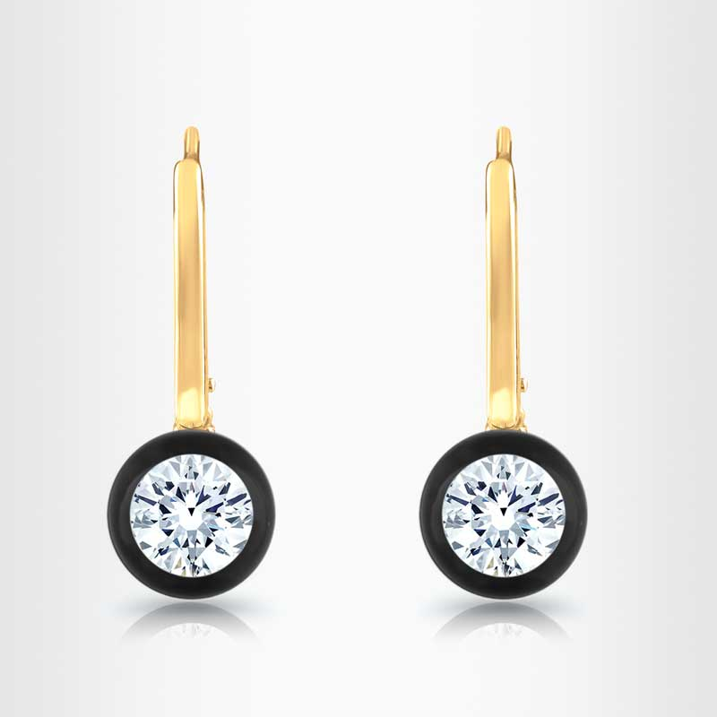 The earrings above are by Austrian innovator Natascha Schenk for https://diamondsinglass.com and may reflect some 2018 trends.