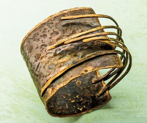 Bronze Age cuff by Linda Larsen from Easy Metal Jewelry