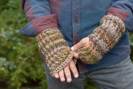 Willing and Cable Mitts Detail