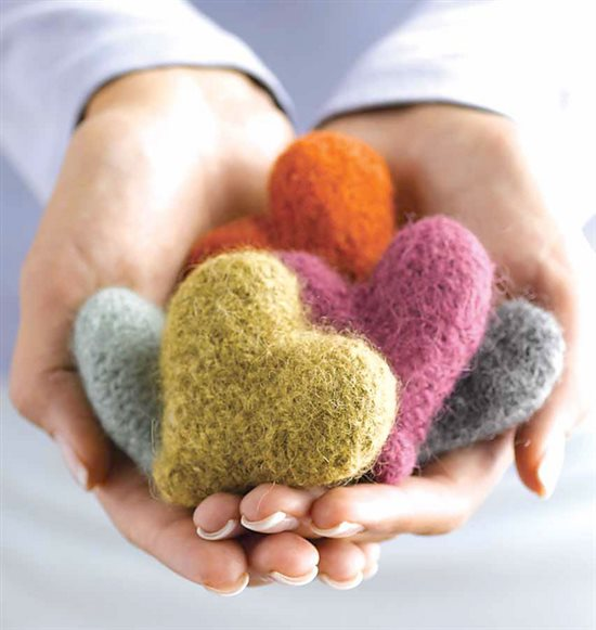 Knitting for Charity: Have a Heart & Free Pattern   Knitting