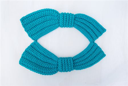 Bette Bow Collar Shape
