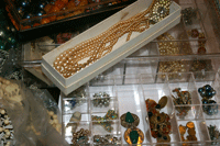 Learn how to update vintage jewelry and bead amazing beaded jewelry designs in this exclusive beading blog that discusses how to 'makeover' old jewelry!