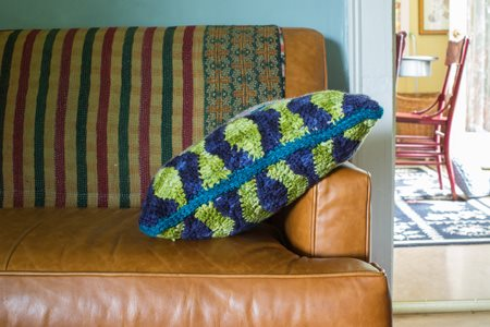 Waves Pillow Side