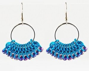 Learn how to make these chain maille earrings from Blue Buddha.