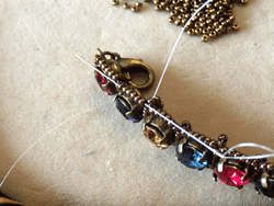 Learn how to make a seed bead bracelet with this step-by-step tutorial: Step 7.