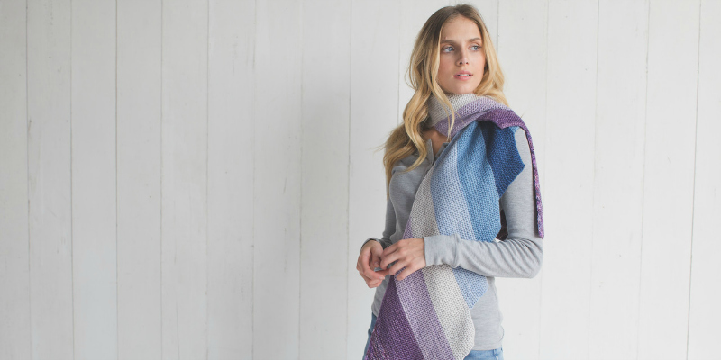 Amaranto Is the Knitted Scarf You Need this Winter