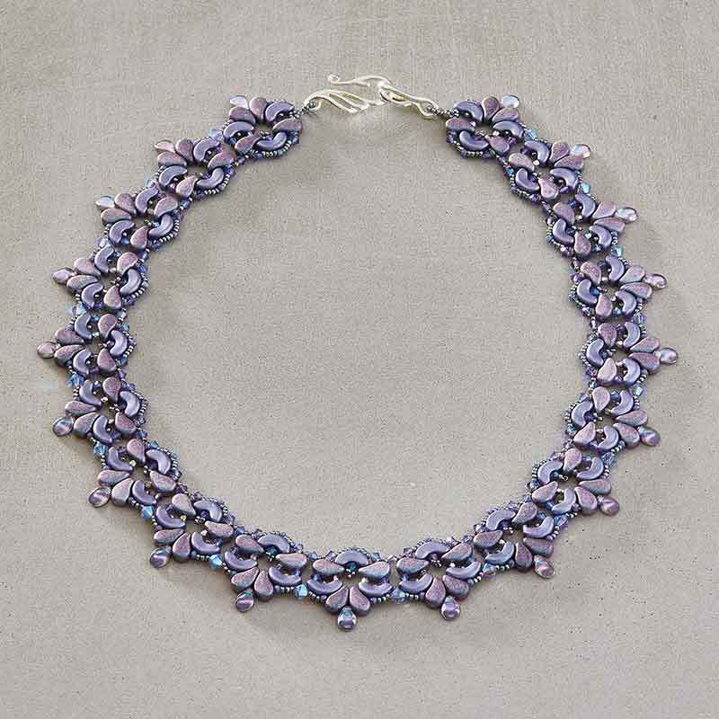 shaped beads: Blooming Fleur-de-lis Collar by Laura Graham