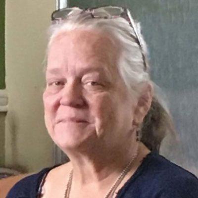 Bonnie Brooks, longtime Beadwork illustrator