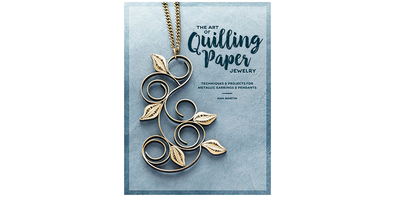 Detailed instructions and step-by-step illustrations guide you in creating coils, scrolls, and other quilled shapes using metallic-edged papers.