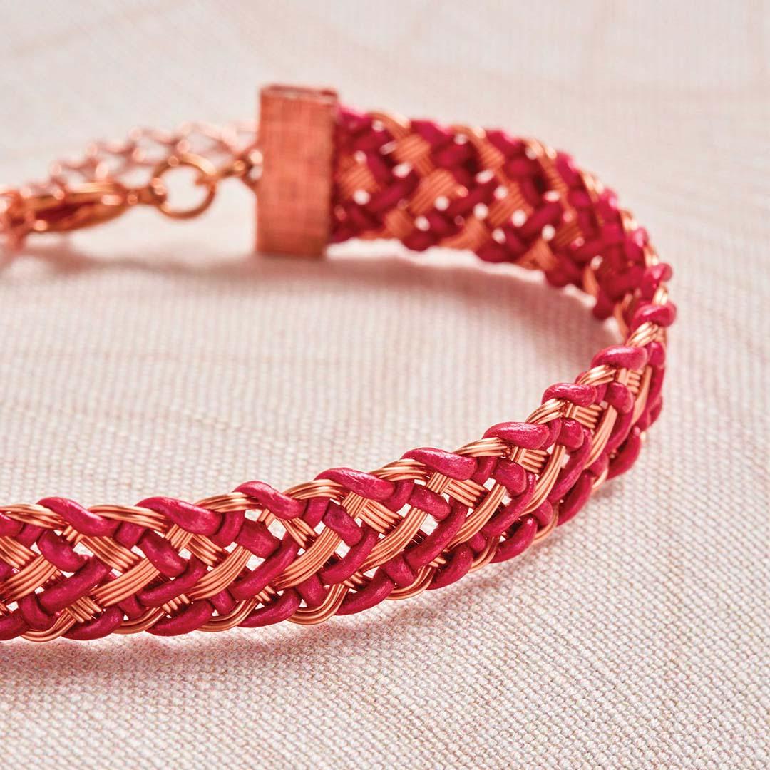 Kumihimo Wirework Made Easy: Chevron Bracelet