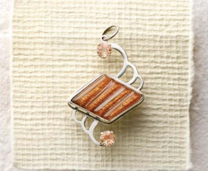 Make this DIY pendant in our FREE eBook on summer jewelry making projects.