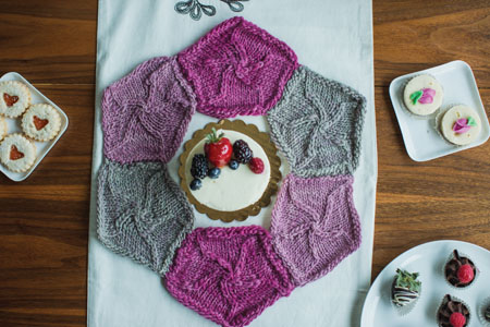 knit centerpiece pattern
