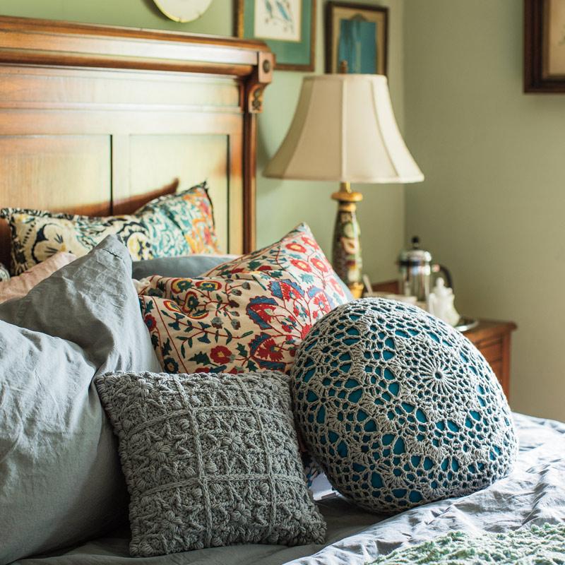Mandalas: Doily Pillow