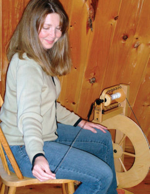 Drafting Techniques is an article found in our free Guide to Handspun Yarn eBook, and will teach you everything you need to know about short draw and long draw spinning.