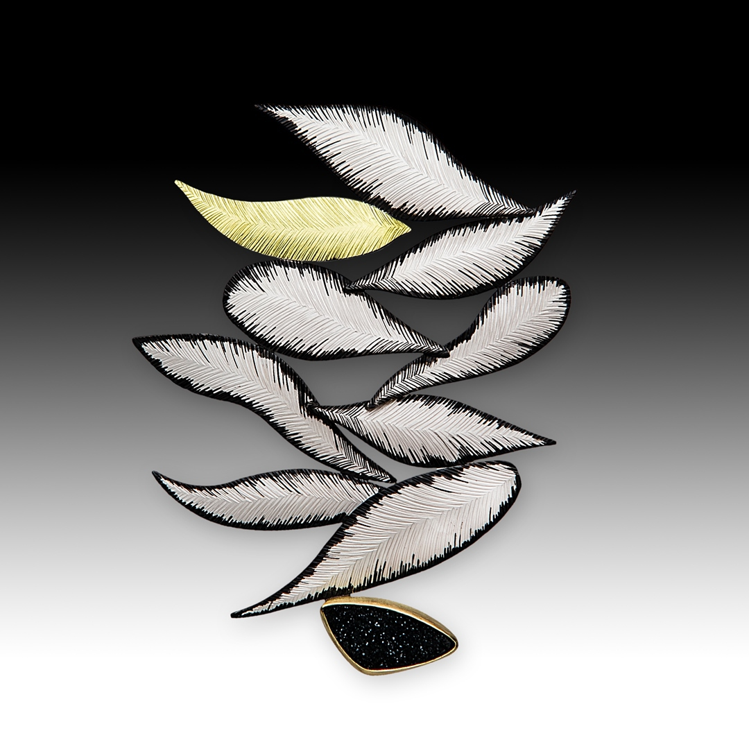 """Falling Leaves Pin,, by Susan Mahlstedt. """"Graphic Grace,"""" in LJJA September/October 2018"""