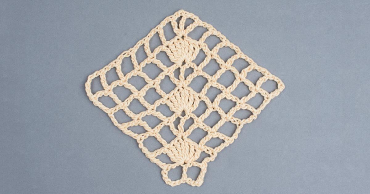 filet crochet Swatch 3. Photo by Sharon Zientara.