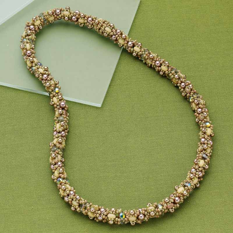 Bead Weaving: Start Your Spring with Beaded Leaves and Flowers with Huib Petersen. Giardino di Elena by Stephanie Marie Goff