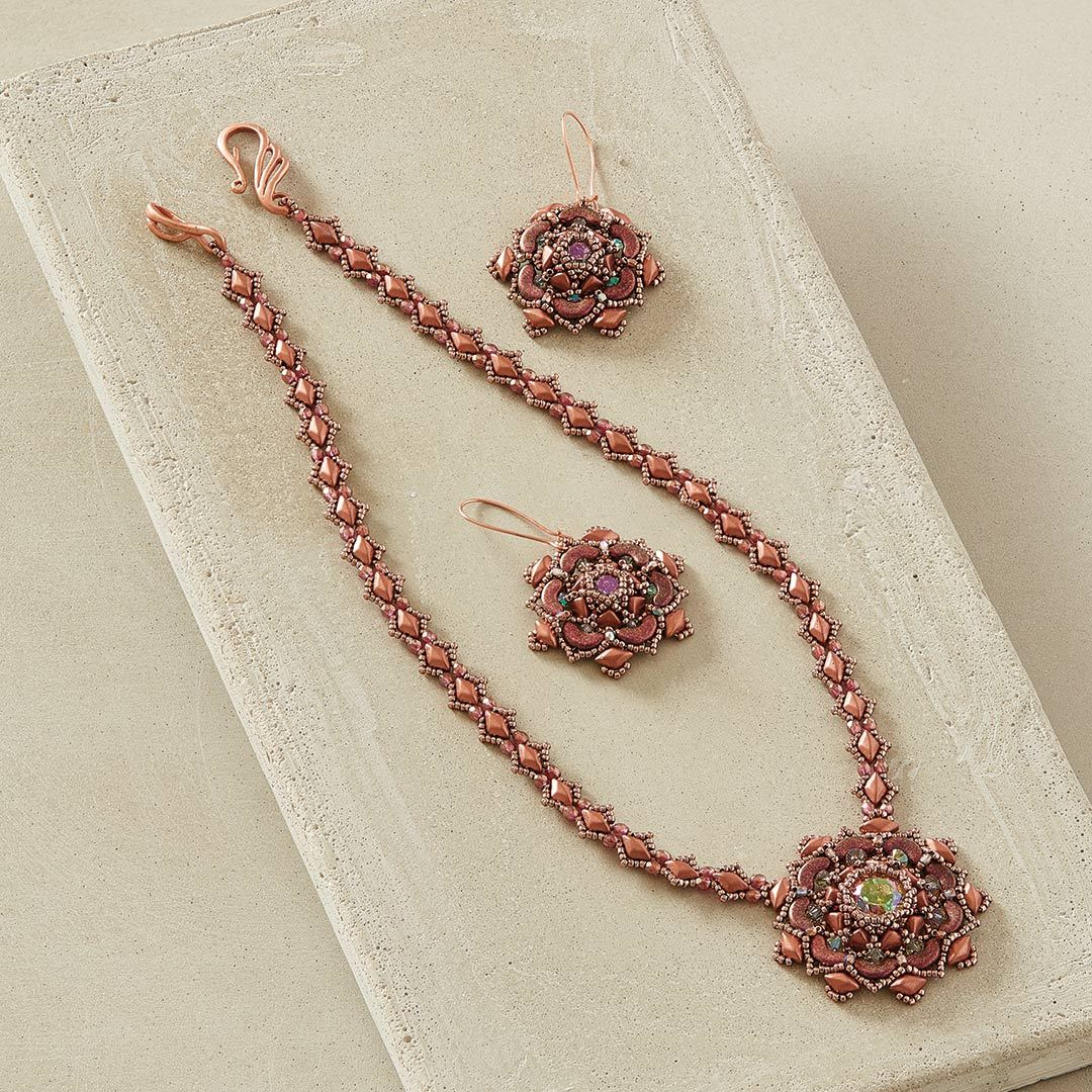 Laura Graham's Cereus Bloom Necklace using circular netting