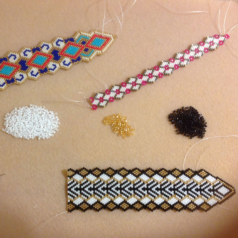 How Carole E. Hanley Moved from Knitting to Bead Weaving
