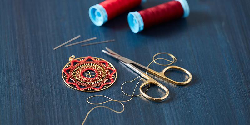 A Medallion of <em>Frisado de Valladolid</em>-Style Lace to Stitch