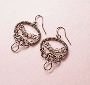 Learn How to Make Earrings with these FREE Earring-Making Projects: