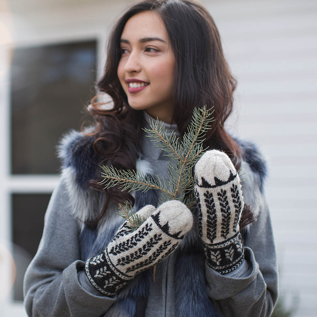 The Ibex Valley Mittens are a gorgeous stranded colorwork project in a dramatic black and white colorway.