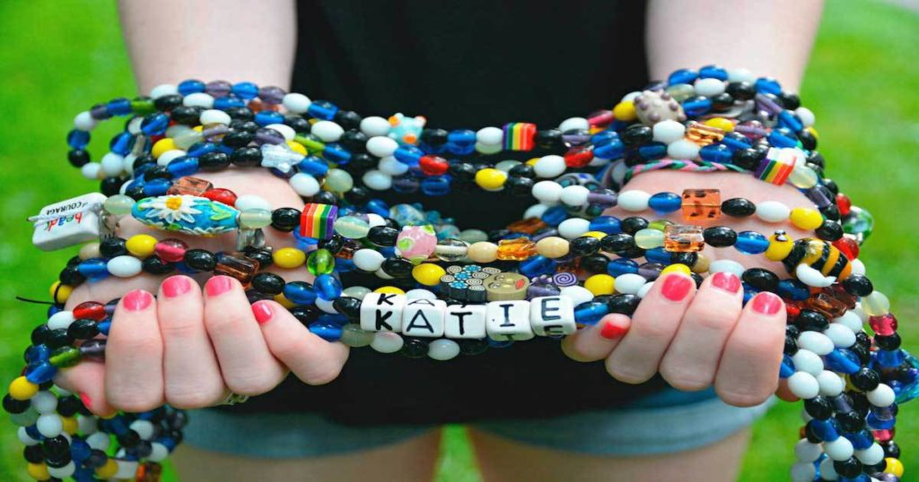 Beads of Courage: Arts in Medicine