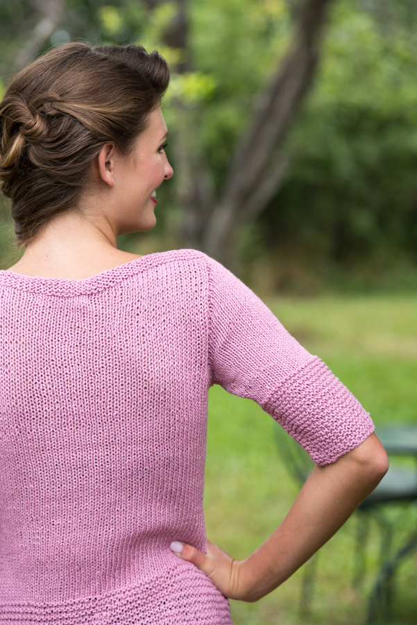 If you like knitting pullovers, then you'll LOVE this top-down, knitted pullover pattern with simple detailing that can be dressed up or down with ease.