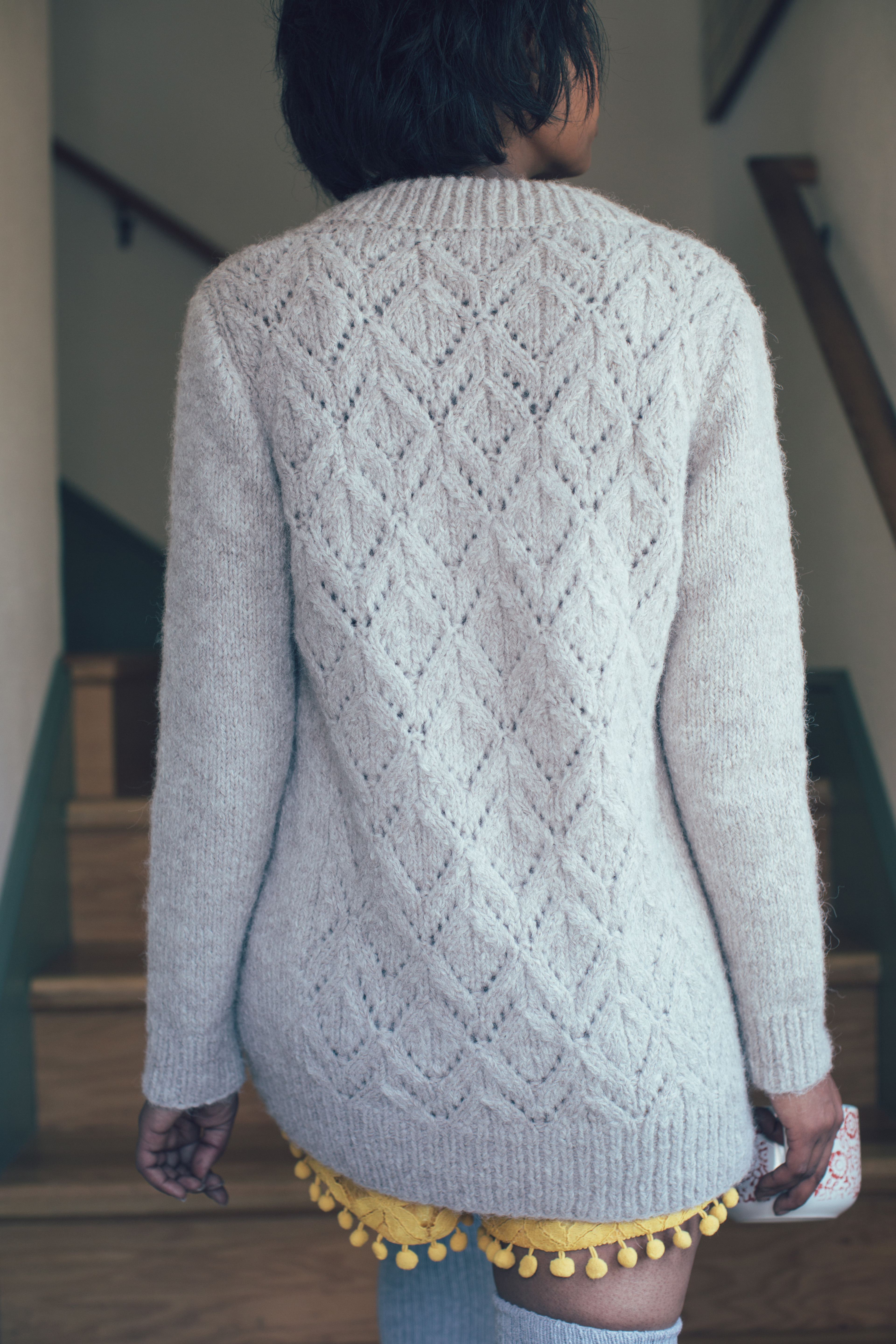 Latte Pullover knitting pattern by Sarah Solomon from knitscene winter 2016