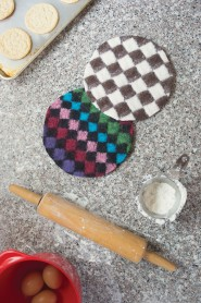 Knitting gifts: felted pot holders