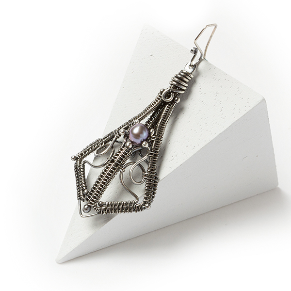 wire jewelry: Lauren earrings from Woven in Wire by Sarah Thompson