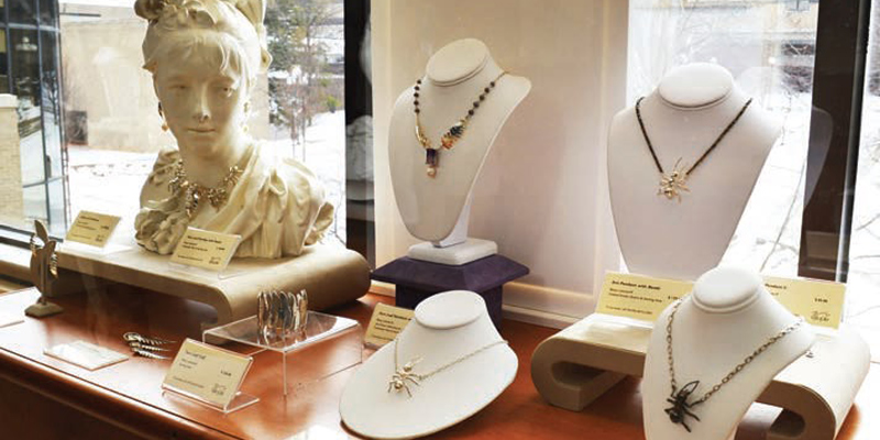 Creating Effective Jewelry Displays: Expert Advice from Betsy Lehndorff
