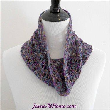 Lucy_2D00_Free_2D00_Crochet_2D00_Pattern_2D00_by_2D00_Jessie_2D00_At_2D00_Home_2D00_1.jpg