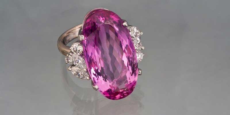Pink topaz - November birtstone and amazingly beautiful gemstone