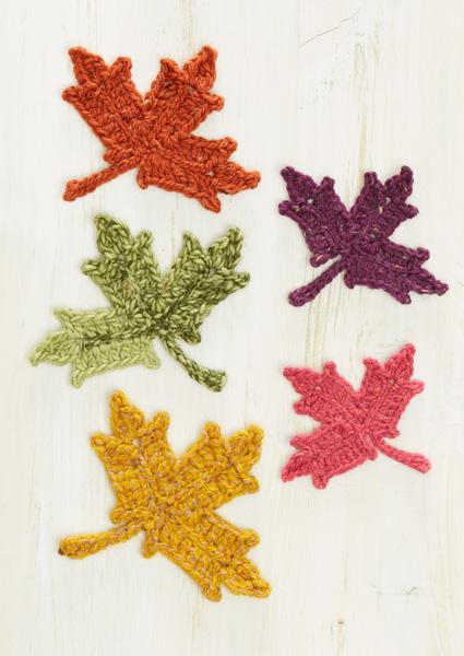 5 Maple Leaves in Tweed Yarn
