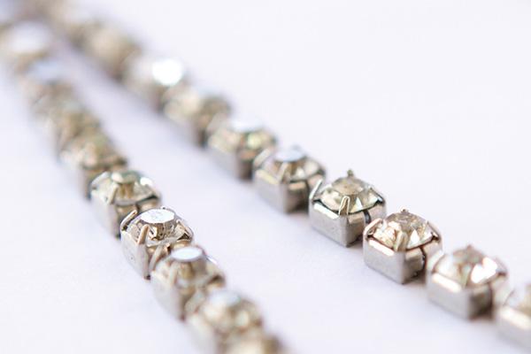 Business Saturday, Heidi Adnum, How to Take Quality Photos of Your Handmade Jewelry