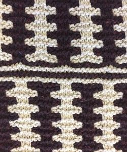 Knit a gorgeous cowl with simple colorwork.