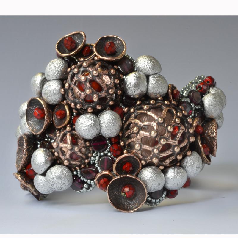 Bead embroidery design made by beading artist Kinga Nichols