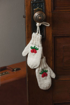 Nicki's Winter Mittens to Knit and Embroider, Kathy Augustine