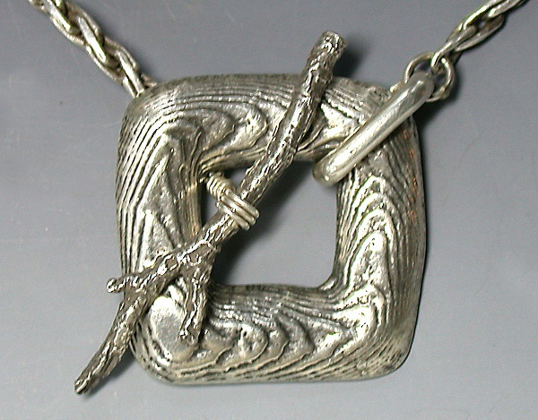 Noël Yovovich's cast twig toggle clasp, one of several designs in her video Quick Casting for Jewelry Makers; photo: courtesy of the artist