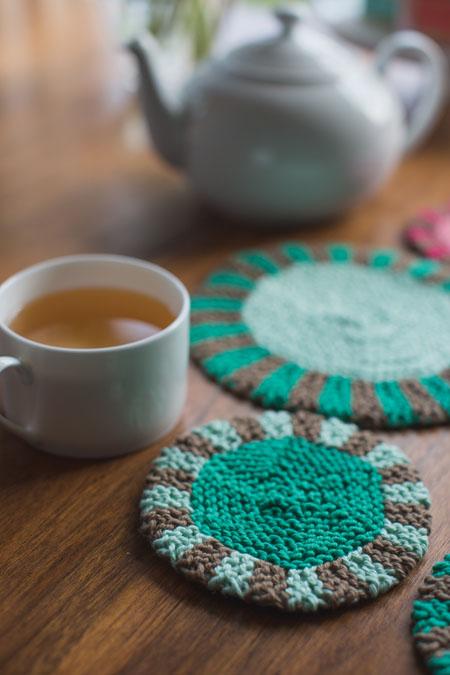 knit coaster trivet set