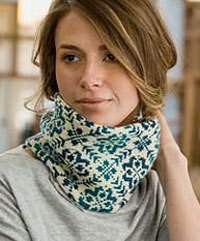 Endless Rose Cowl