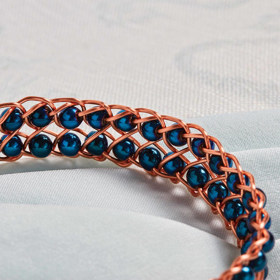 Kumihimo Wirework Made Easy: Snaky Bracelet